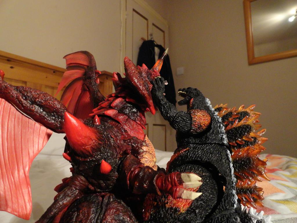 S.H Monsterarts Destoroyah ( Final Form - 8/10 ) by GIGAN05 on ...