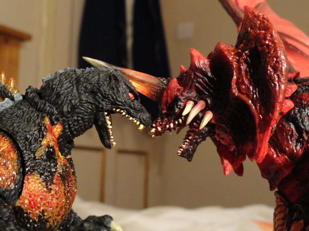 S.H Monsterarts Destoroyah ( Final Form 9/10 ) by GIGAN05