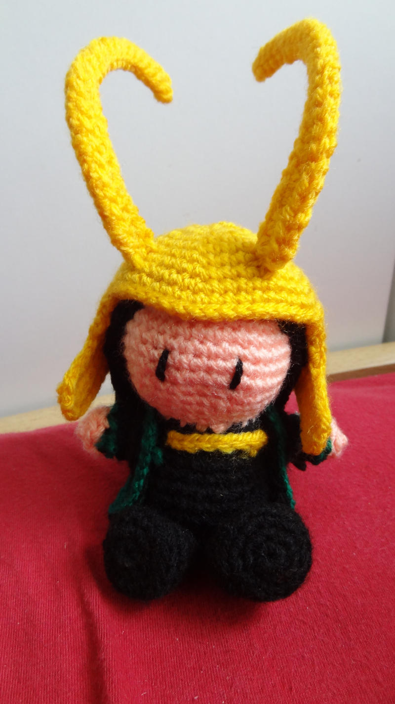 Pocket Loki with Helmet by Narmita08