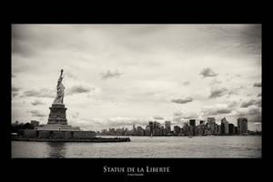 Statue de la Liberte by IsacGoulart