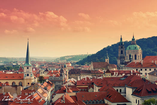 City of a Hundred Spires by IsacGoulart
