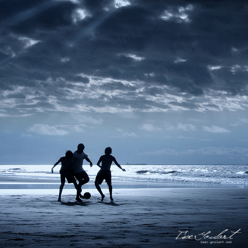 Football on the Beach II by IsacGoulart