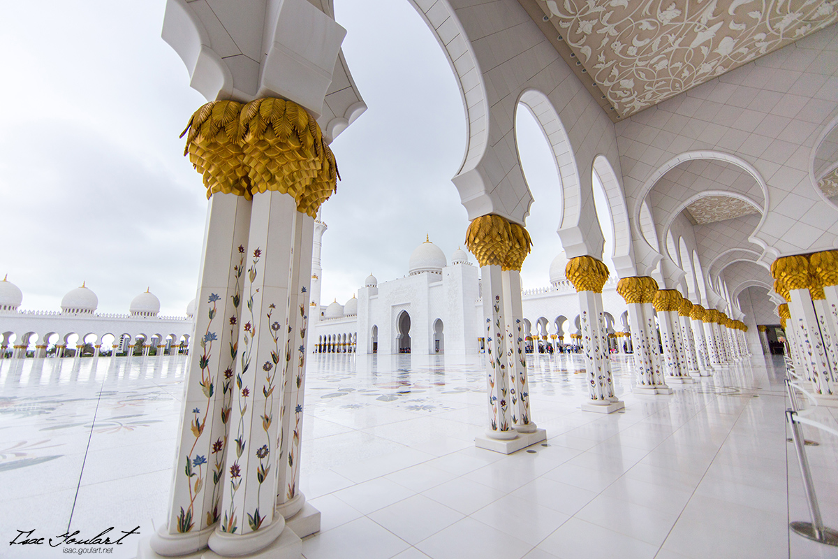 Sheikh Zayed Grand Mosque II by IsacGoulart