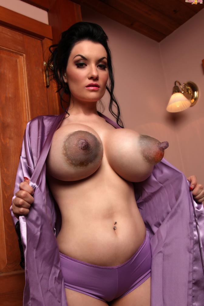 Смотреть фото большая голая грудь