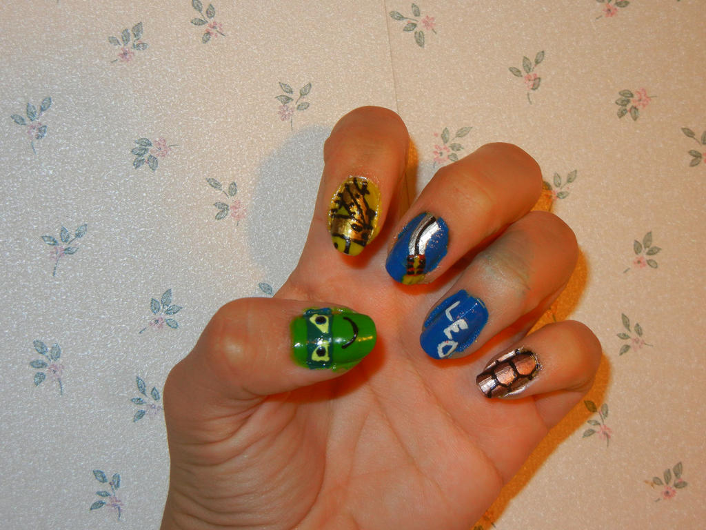 2012 TMNT: Leonardo Inspired Nail Art by FlowerPhantom on DeviantArt
