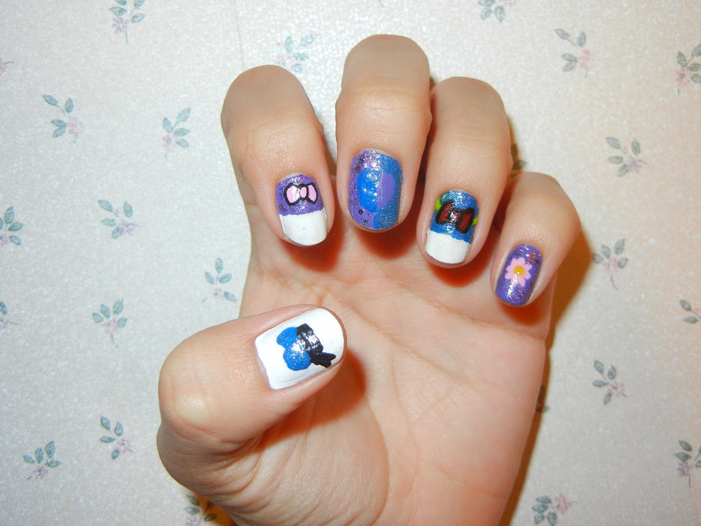 Donald and Daisy Duck Nails by FlowerPhantom on DeviantArt