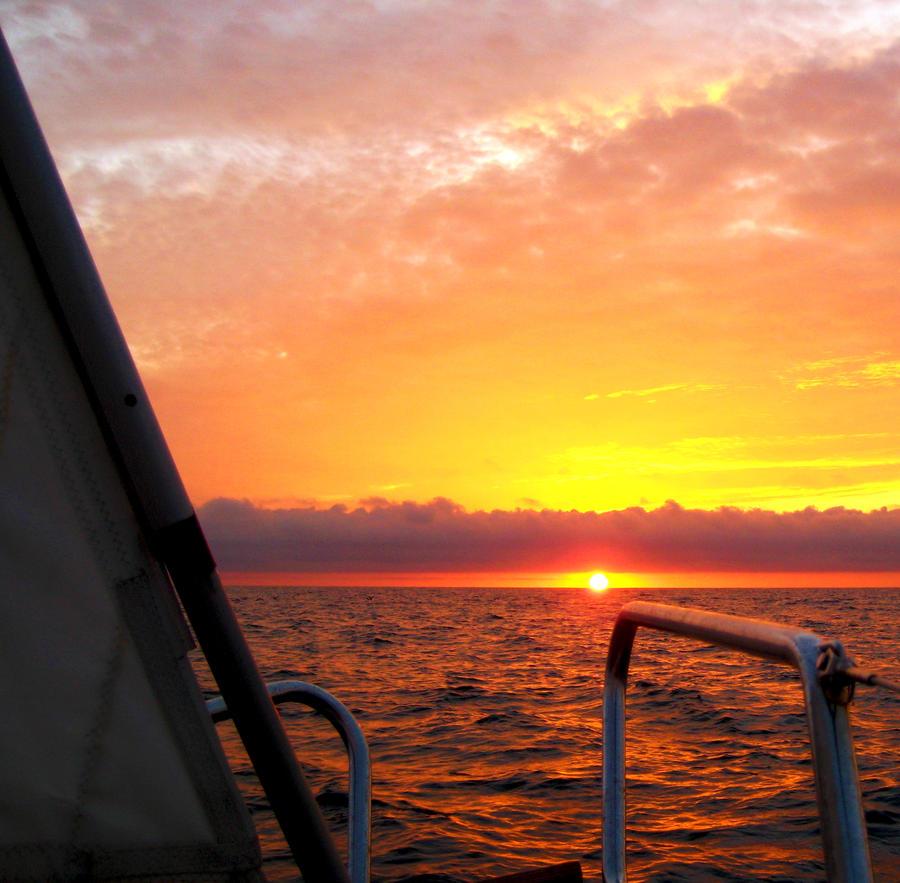 Sunset near Sesimbra by monojam