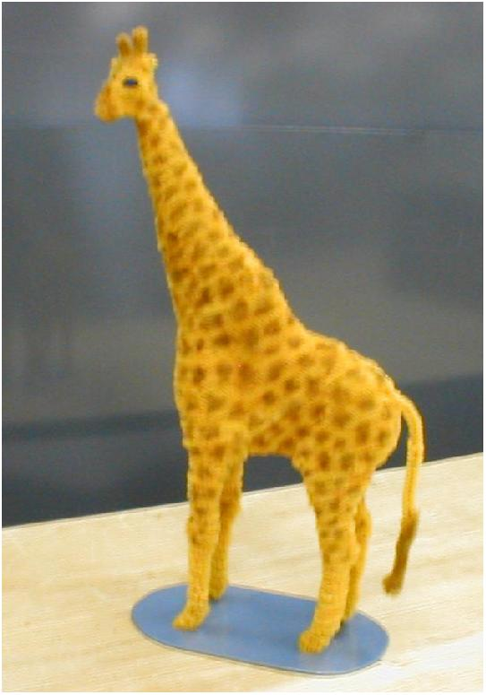 Pipe Cleaner Giraffe by fuzzymutt