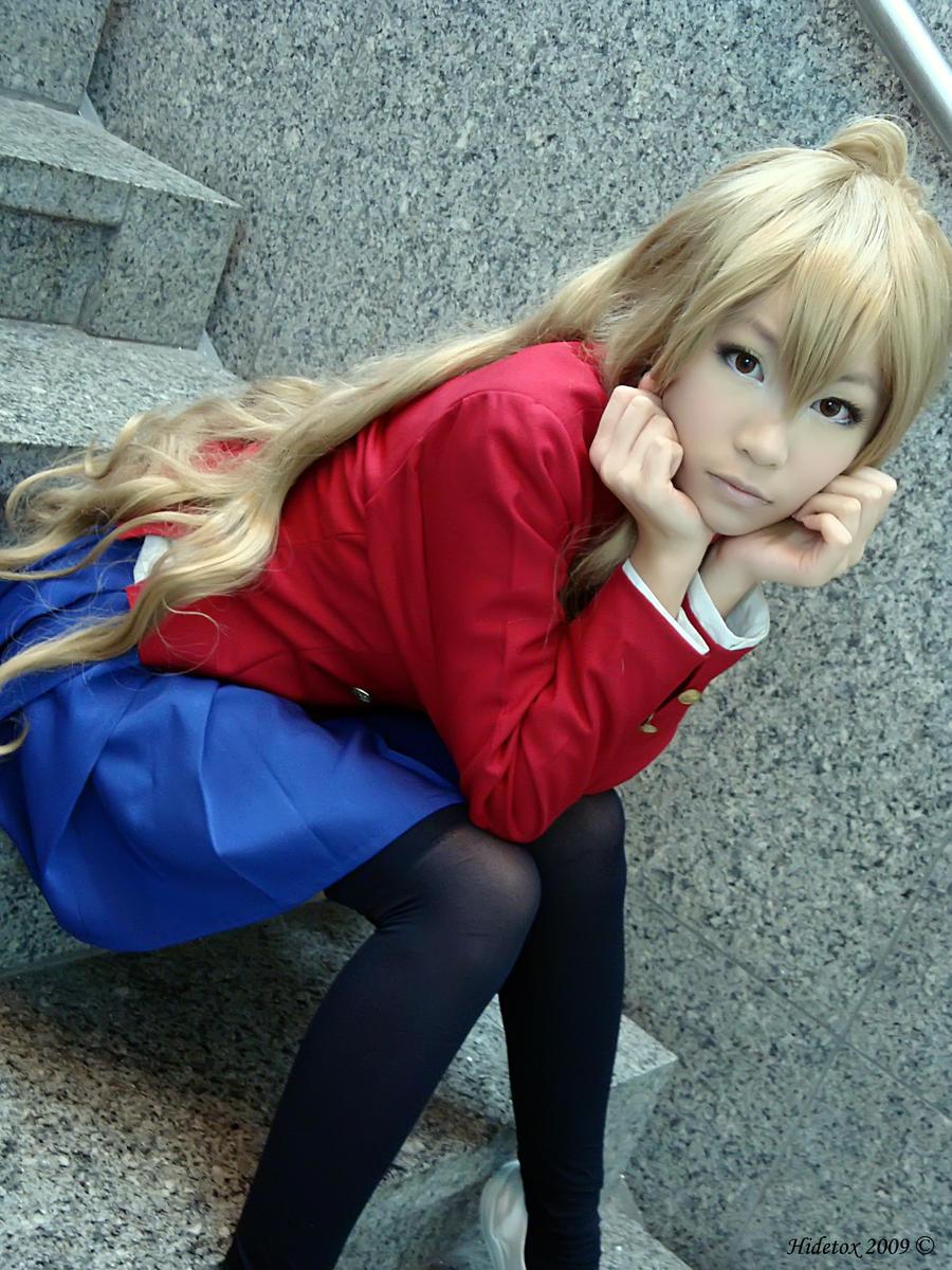 Busquemos el cosplay  Aisaka_taiga_by_xxxkurohoshi