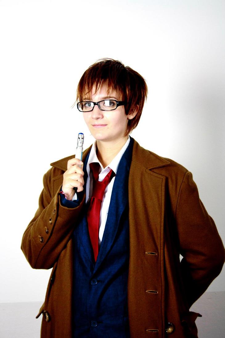 It's a sonic screwdriver by Haldthin-Cosplay