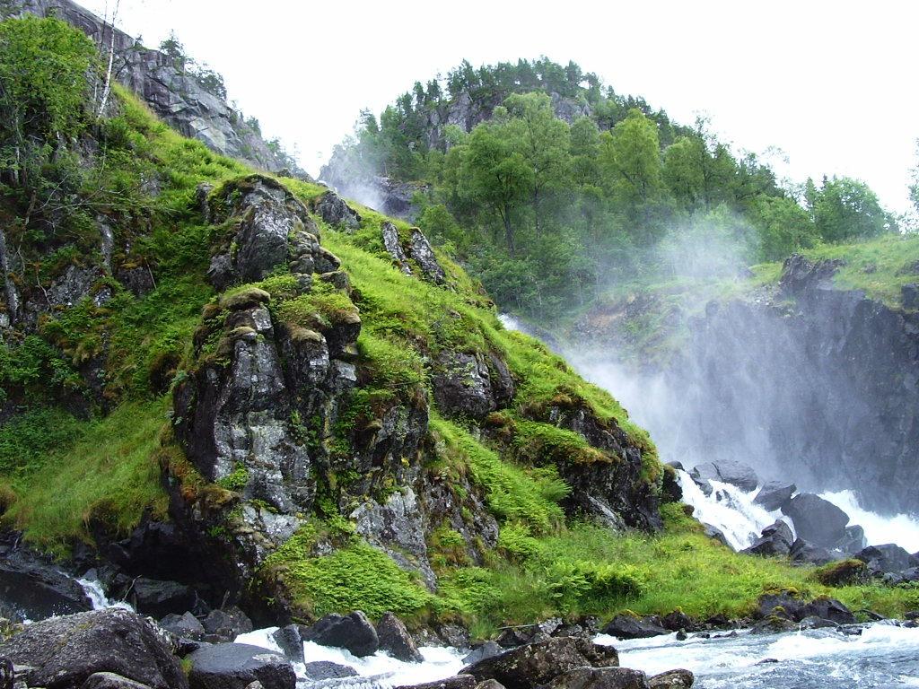 Green Waterfall by Hellweg