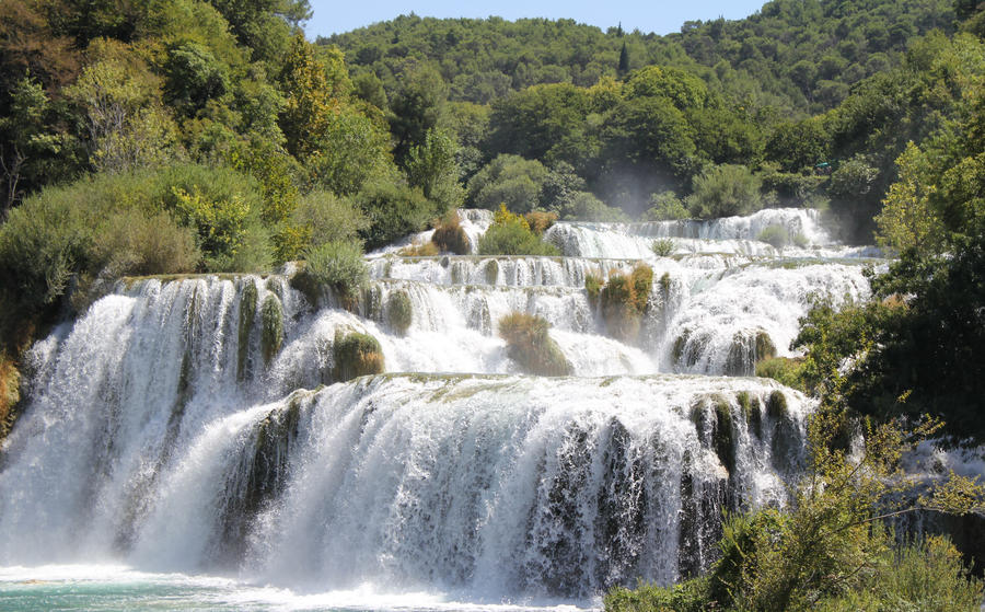 Waterfall in Krka by EnniArt
