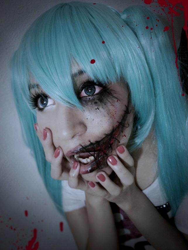 miku horror. by Miwako-chii