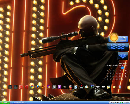 April 2010 Desktop