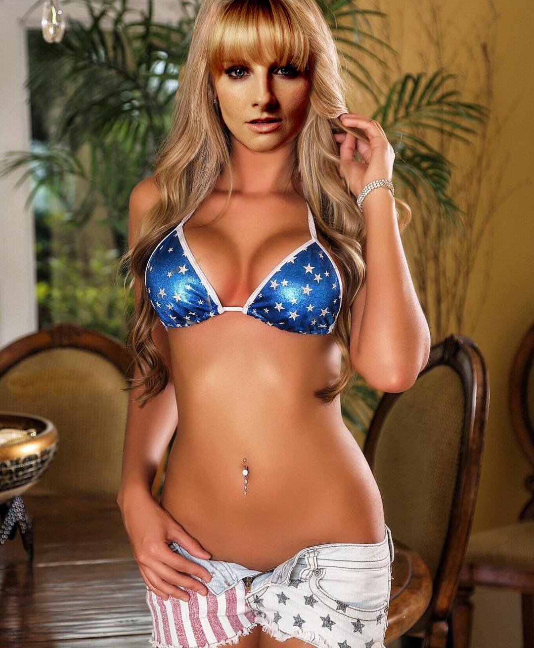 bikini Bernadette big bang theory