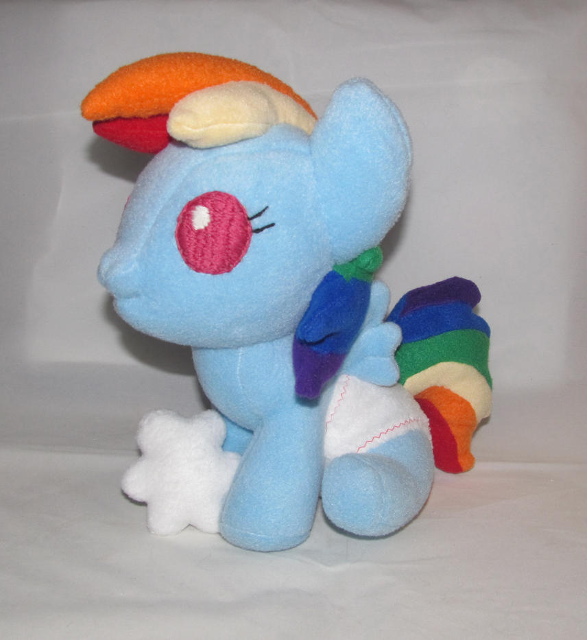 Baby Rainbow Dash by Gypmina