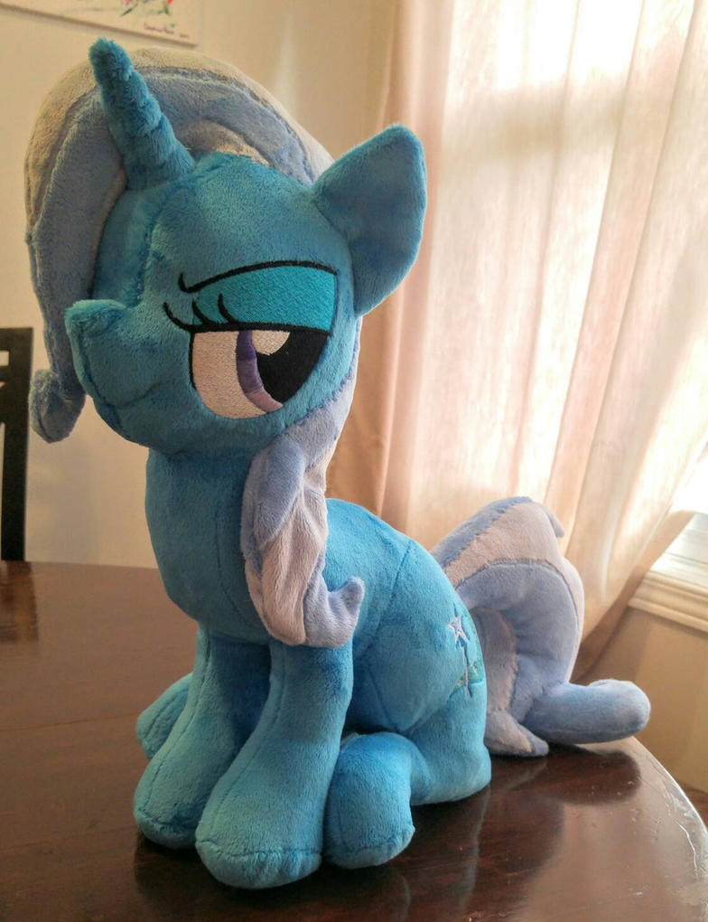 Sitting Trixie by Gypmina