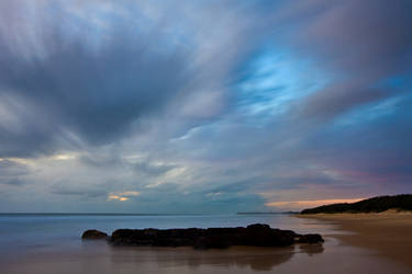 Warana Beach by eye-of-tom