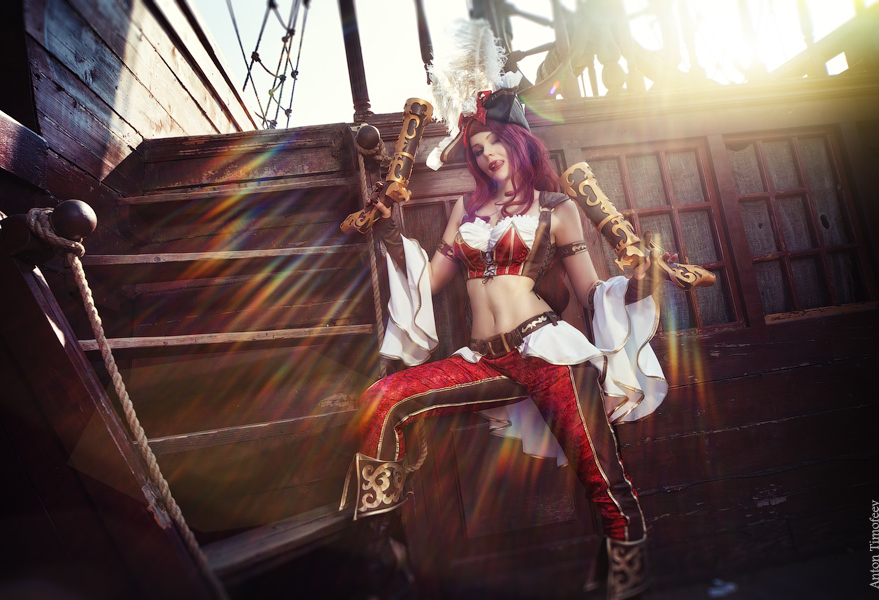 League of Legends - Miss Fortune cosplay by antontimofeev