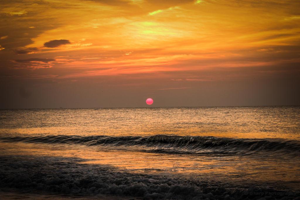 Red Sun Rising by SharpPhotoStudio