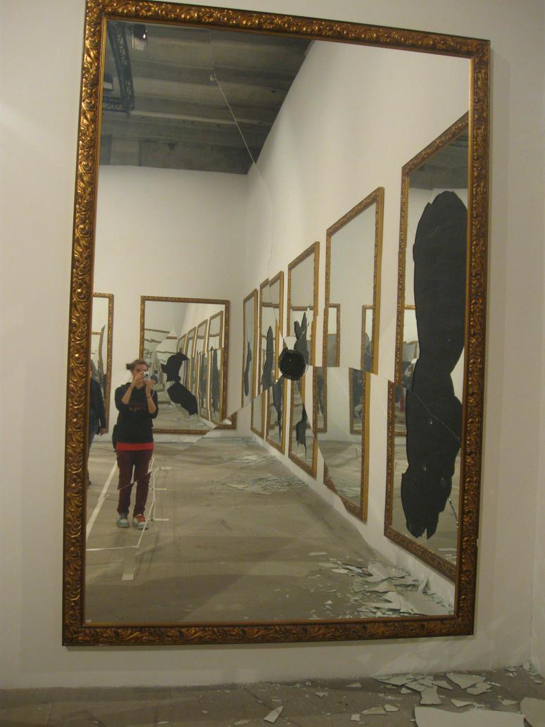 Specchio rotto by cicciusbenjamin on deviantart - Specchio rotto sfortuna ...