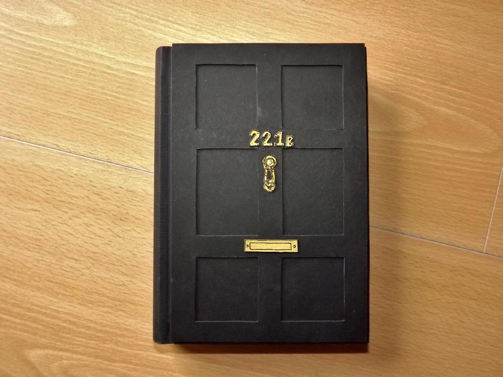 221b notebook by alatarielarfeiniel