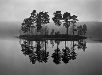 - Ten - by TomFindahl