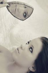 Into the mirror by annikenhannevik