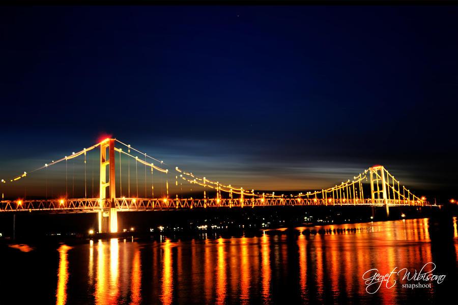 Kutai Kartanegara bridge by gegetlonely