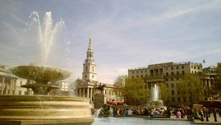 trafalgar square by bulletadz