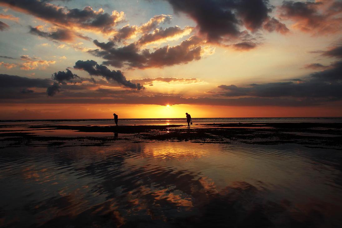 Indonesian Sunset by Yumi-mo
