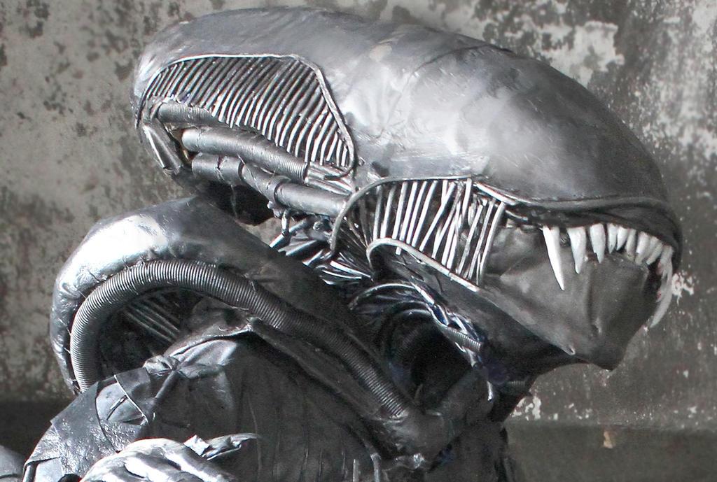 Golova (Alien) by KatarinAzazello