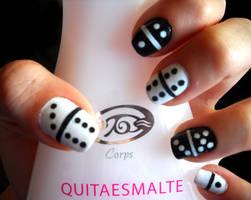 Domino Nails by dgippi4