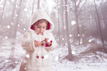 Julia Snow by Chrissett