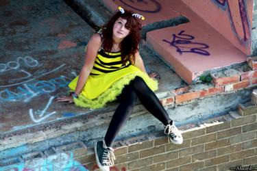 Sitting Bee