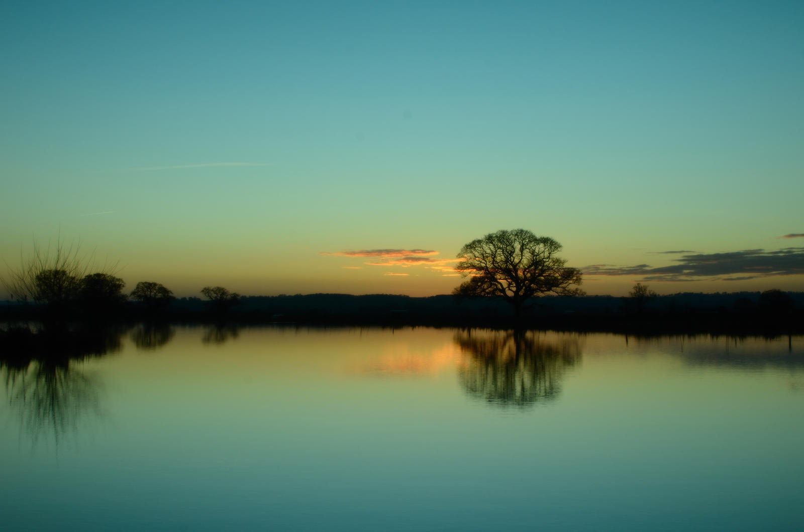 Sunset - Cokin Fishing Lakes 1 by murkin