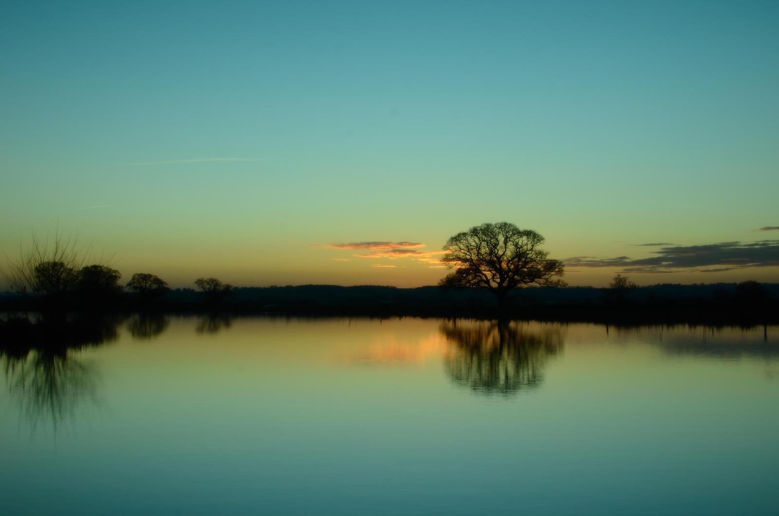 Sunset - Cokin Fishing Lakes 1 by murkin