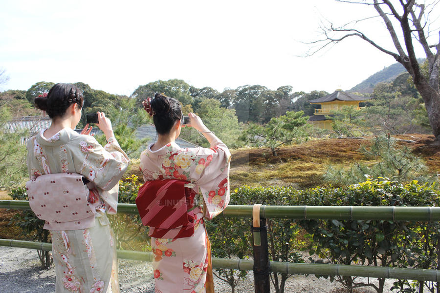 Modern Kimonogirls at Golden Pavillion