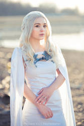 Season 5 Daenerys Targaryen