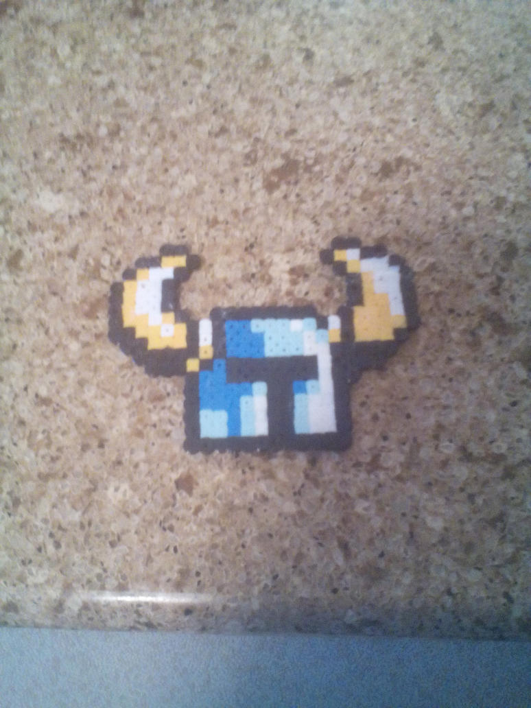 Shovel Knight Perler-Head by Tauntalus