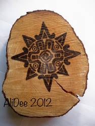 Large Incan/Mayan sun symbol