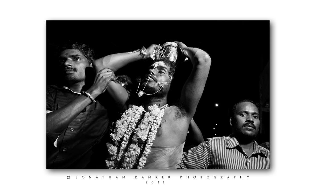 Thaipusam sneak peak 2011 by Draken413o