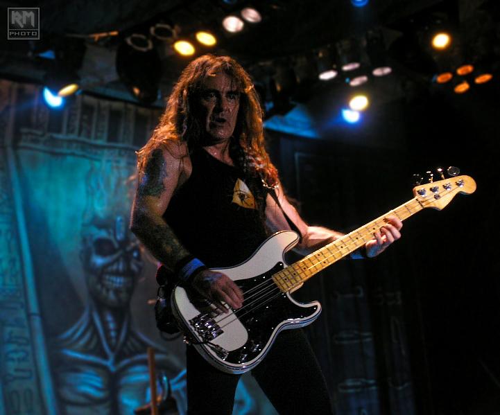 Fender Steve Harris P Bass !!! - Página 4 Iron_Maiden___Steve_Harris_by_razvanmaiden
