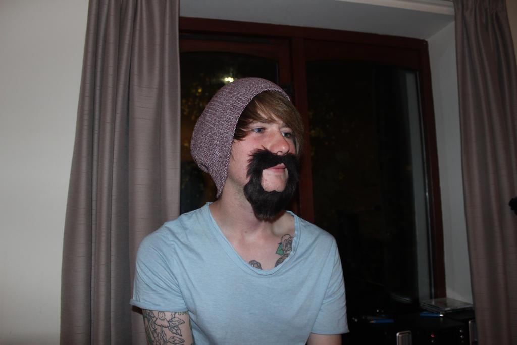 Cute beard by zombiemarshmellow