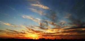 hi clouds.. by aaronactive