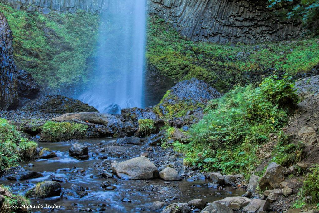 the synthetic awakening - Went Chasing Waterfalls by thsyntheticawakening