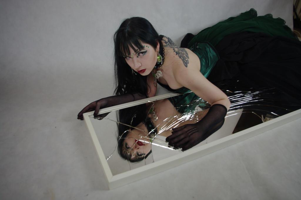 STOCK - Gothic vampire in green - broken mirror by Apsara-Art