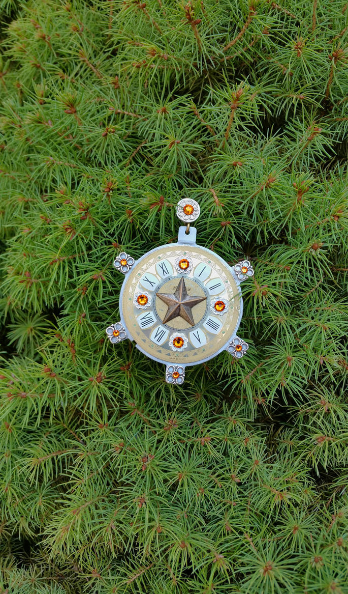 Holiday Ornament - Crystal Time by 2ndWindAccessories