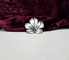 Brushed Leaf brooch by 2ndWindAccessories