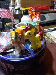Bright Mac and Pear Butter MLP Funko Mystery Minis